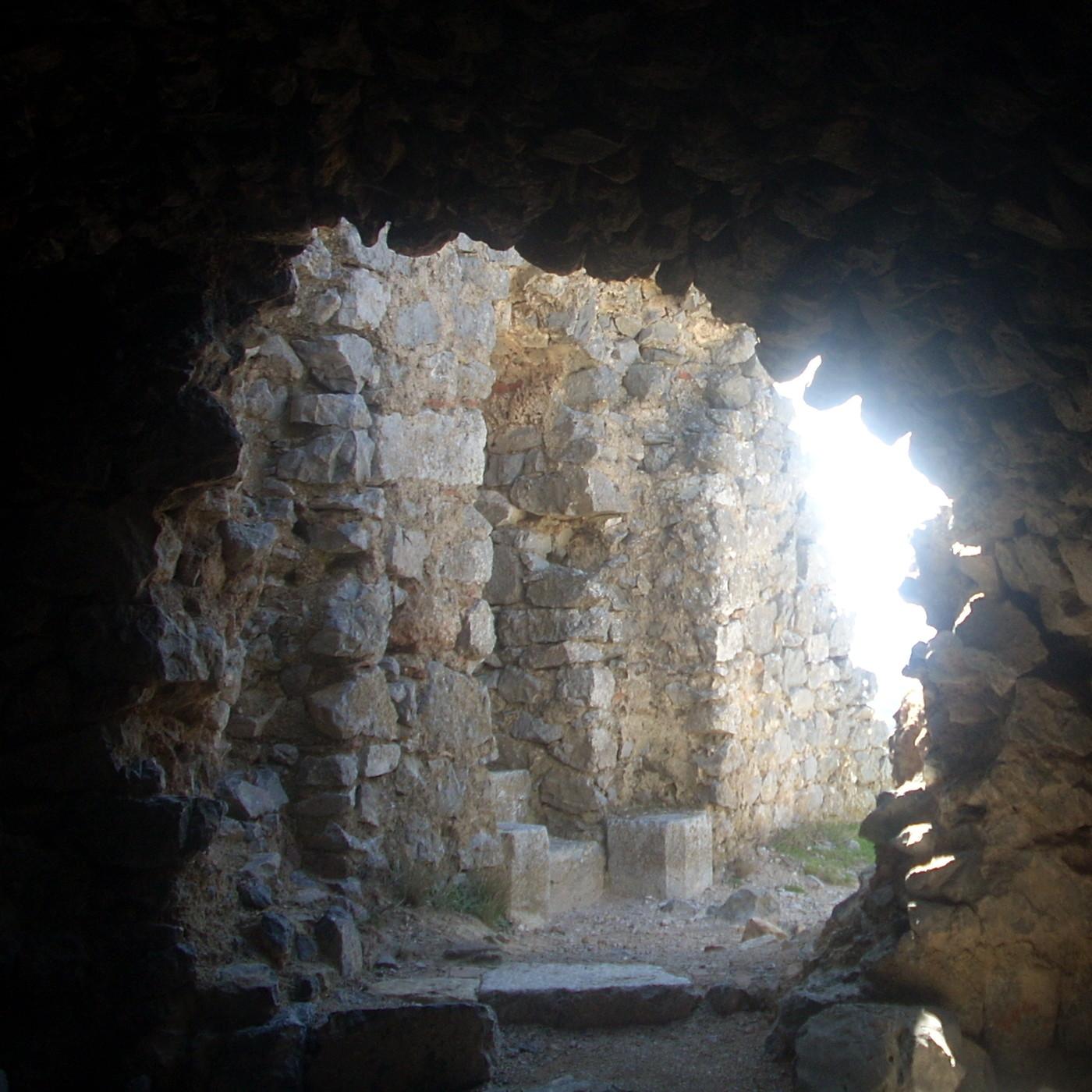 Entrevista a Agustí Andreu sobre el Priorat de Sió. en Oients ...