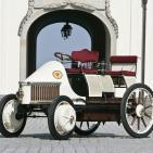 """Antes de medianoche 30: Pasado presente y futuro del coche eléctrico; Nikola Tesla, el sabio olvidado; el """"Bot"""" esponja"""