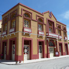 Hablando de Cuba .El teatro de Manzanillo