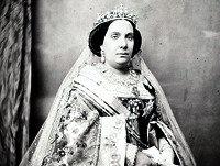 Personas con Historia 60- Isabel II