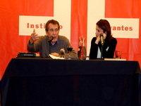 Charla del escritor Fernando Sánchez Dragó , y su hija Ayanta Barilli (también escritora) en el Cervantes de Estocolmo.