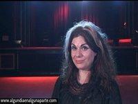 """Entrevista a Caitlin Moran en Página Dos - """"Cómo se hace una chica"""" (Anagrama)"""