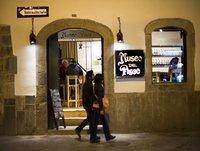 Viajeros Voluntarios Radio - La historia del Pisco peruano (entrevista con El Museo del Pisco) (26-8-2015)