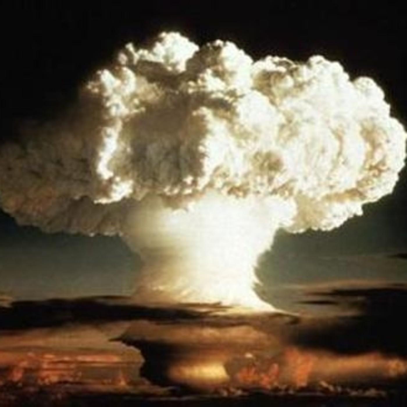 Voces del Misterio COPE: Historia secreta de la bomba atómica, con Javier Sierra