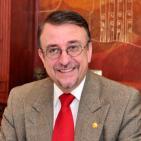 Enrique Ayala Mora 'Correa esta derrotado y lo sabe'