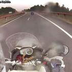 Con lluvia cambia todo en la moto