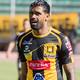 """"""" Los Colombianos marcamos mucha diferencia acá, los futbolistas Bolivianos son conformistas"""" Harold Reina en 1290 Am"""