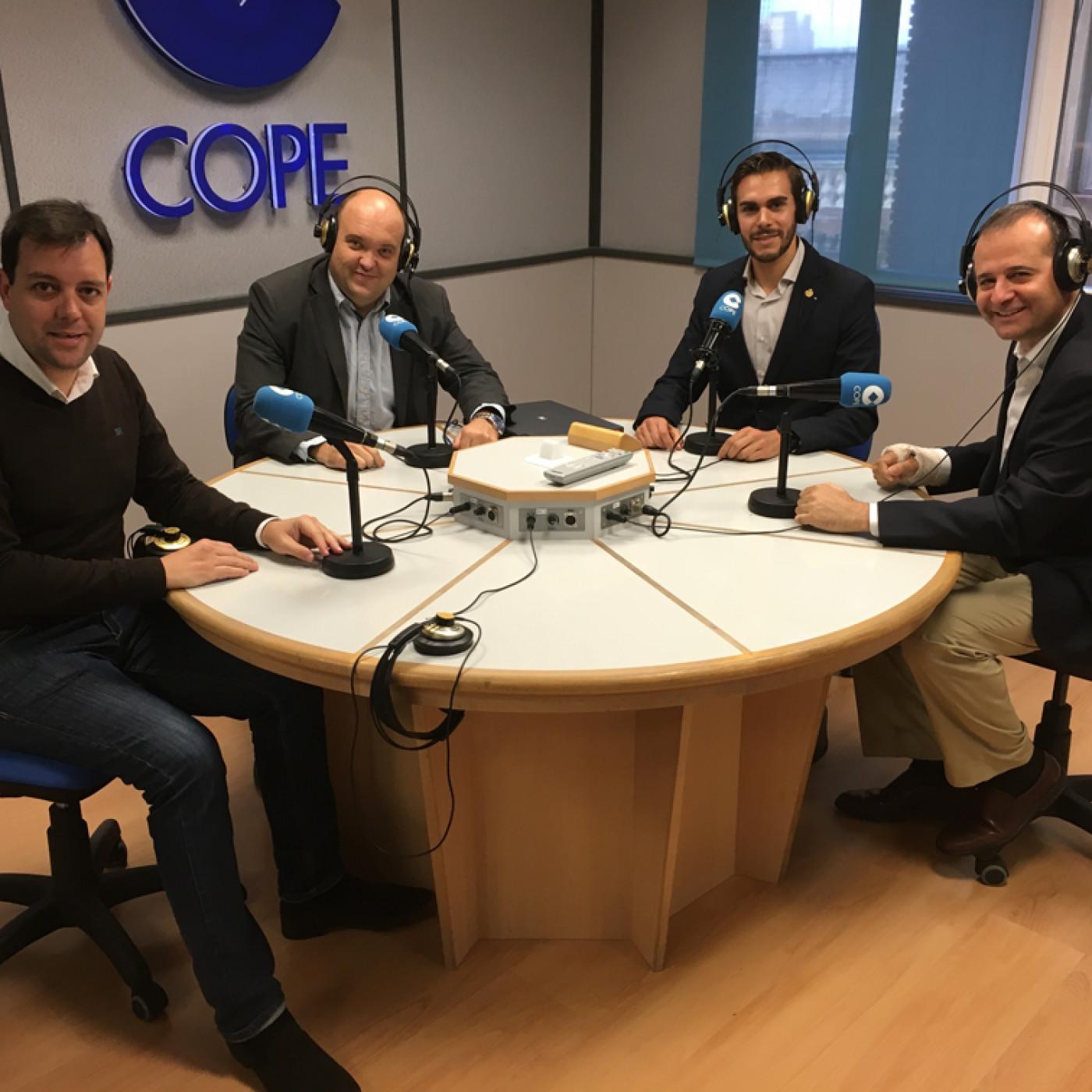 Thumbnail for 2015-11-04 | Primer Programa 'COLEGIADOS' del COIGT en COPE Valencia