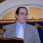Joaquín Antuña, autor de 'Crónicas del divino Pedro' sobre Pedro Sánchez