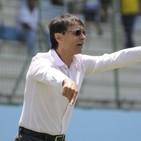 Técnico del Delfín, Fabián Bustos, técnico de Semifinales