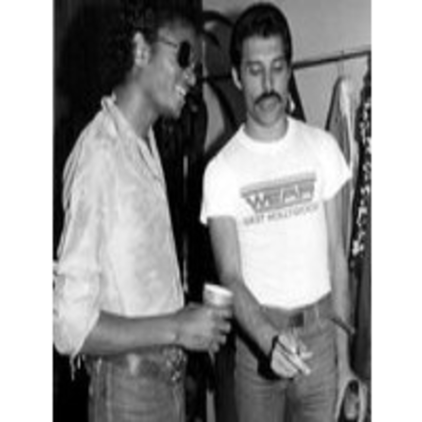 Freddie Mercury & Michael Jackson- There must be more to life tha this.