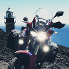 ¿Maletas laterales o bolso centrar para viajes en moto Off-Road?
