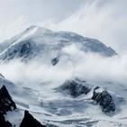 21.- Mochileros alpinistas en el Mont Blanc a 4.810m (con Asun Orts).