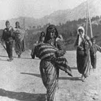 El genocidio armenio, con Miguel Ángel Almodóvar, en 'Una vuelta por la Historia', de La Buena Tarde (26.11.2019)