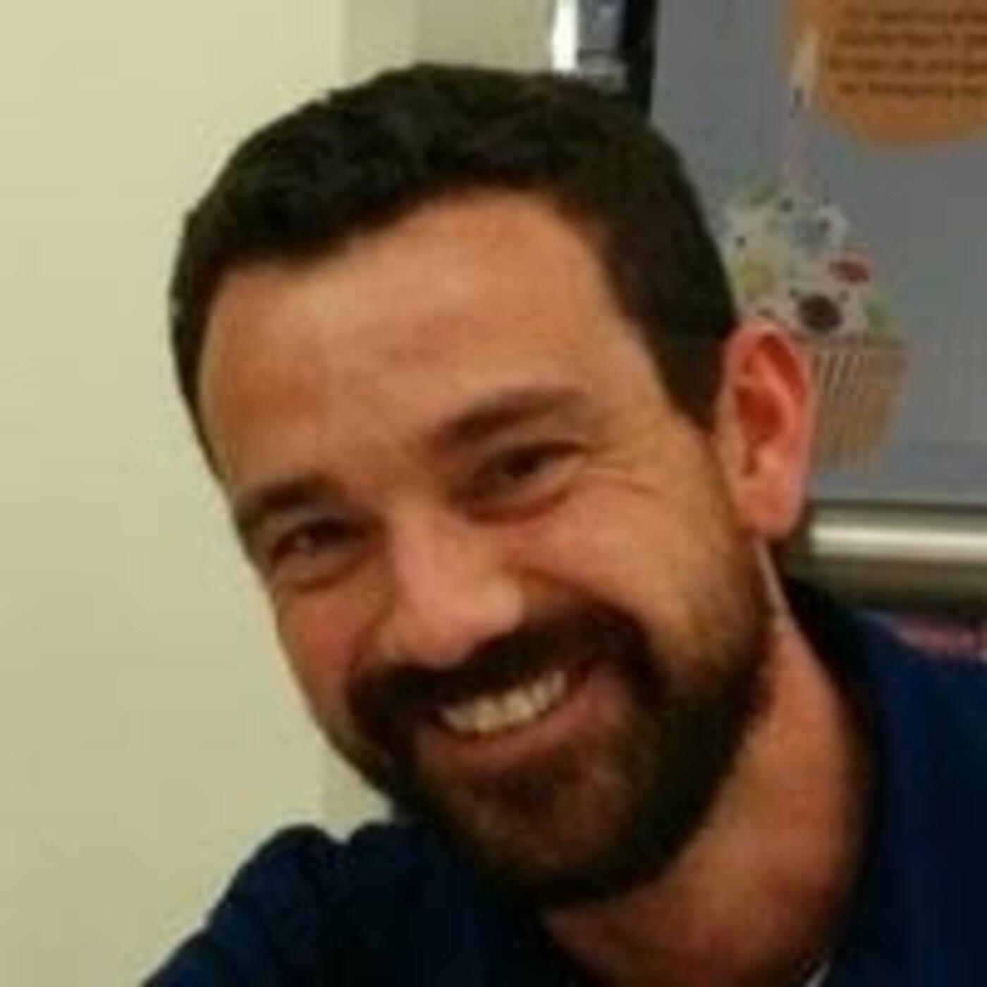 El investigador de la UA Gabriel García Atienzar, en Radio Villena SER