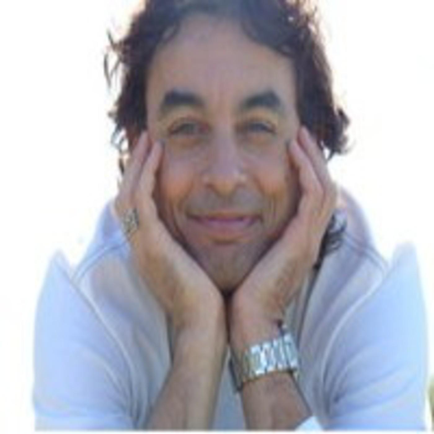 No busques ser feliz - Rodrigo Joaquín del Pino (Rama)