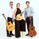 El Trio Alter Ego ompli la Casa de Cultura de música cubana